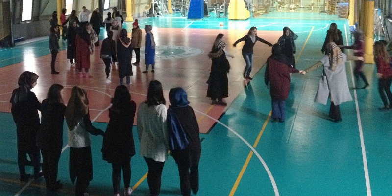 Çocuk gelişimcilere drama ve dans eğitimi