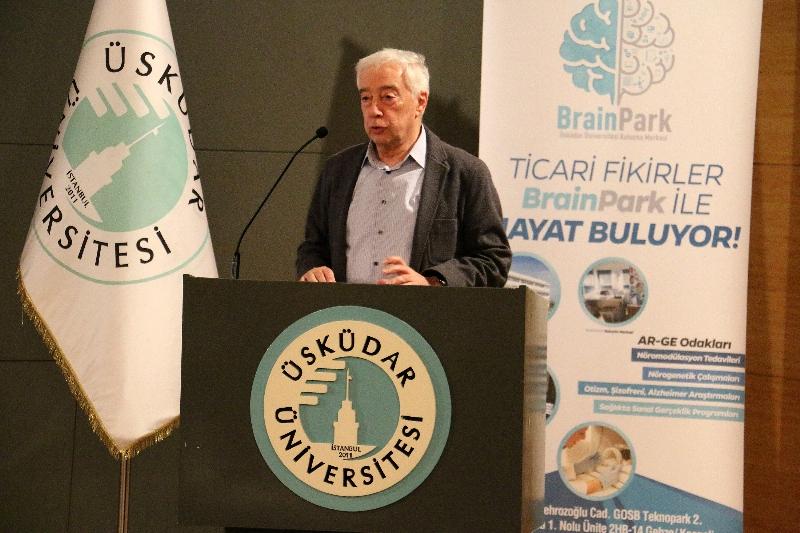 Dr. Emre Aksan