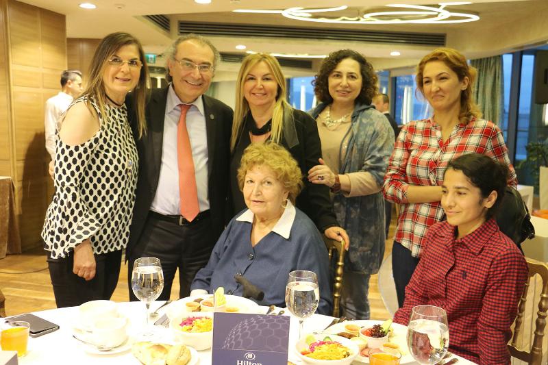 Tarhan Ailesi geleneksel iftar yemeğinde buluştu