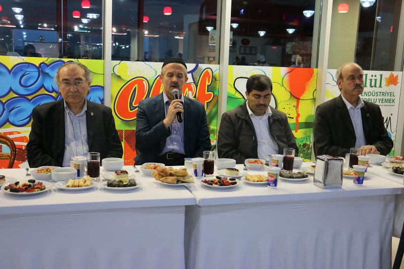 İDER Vakfı üyeleri iftar yemeğinde bir araya geldi