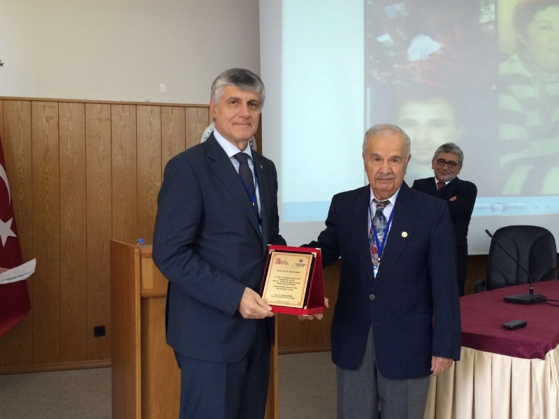 Prof. Dr. Tayfun Uzbay'a 'Şizofreni Dostu' Ödülü…