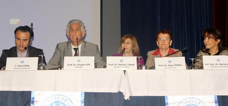 """Prof.Dr. Haydar Sur: """"Sağlık hizmeti kullanım kültürü oluşturulmalı"""""""