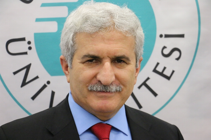 Prof. Dr. İbrahim Özdemir Üsküdar Üniversitesi Ailesine Katıldı…