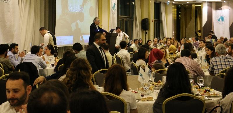 Üsküdar Üniversitesi Ailesi Geleneksel İftar Yemeğinde Buluştu…