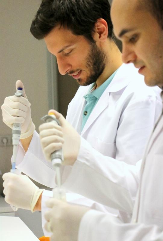 Patoloji Laboratuvar Teknikerleri Üsküdar Üniversitesinde yetişecek!