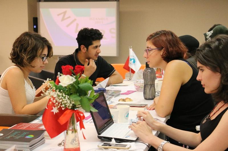 Adaylar tercihlerini Üsküdar Üniversitesinde yapıyor! 3
