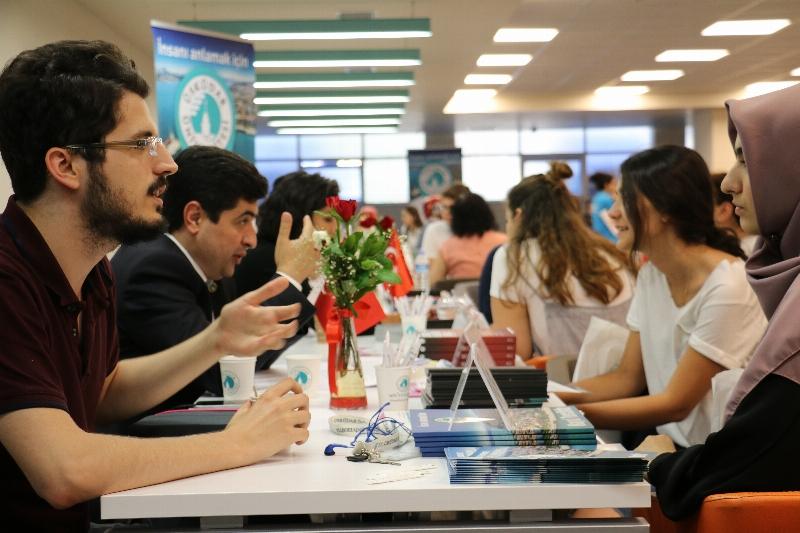 Üsküdar Üniversitesinden 5 yeni bölüm...