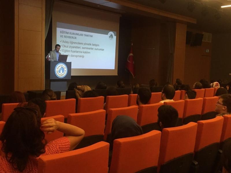 Üsküdar Üniversitesi yeni yıl oryantasyon programları hazırlık öğrencileriyle başladı. 3