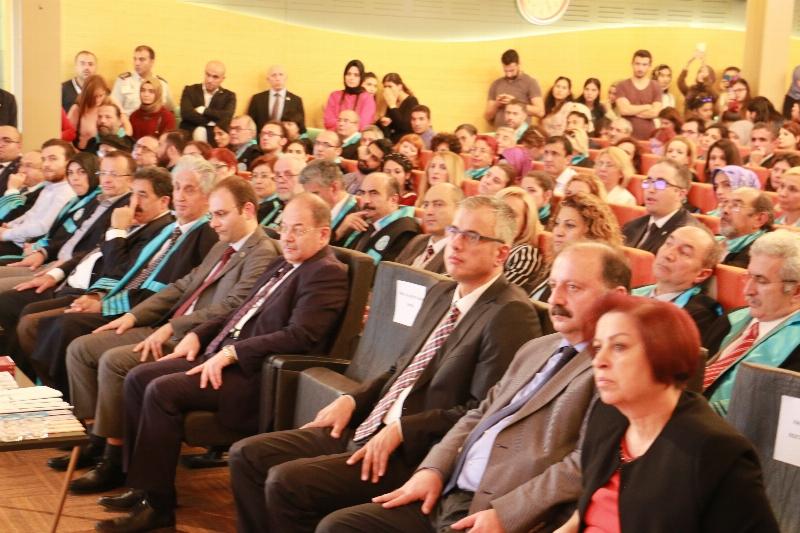 Üsküdar Üniversitesi'nde Akademik Yılın ilk dersi Sağlık Bakanı Recep Akdağ'dan... 3