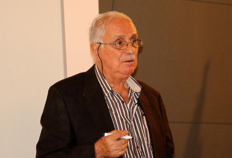 Prof. Dr. Erol Üçer psikoloji öğrencileriyle buluştu.