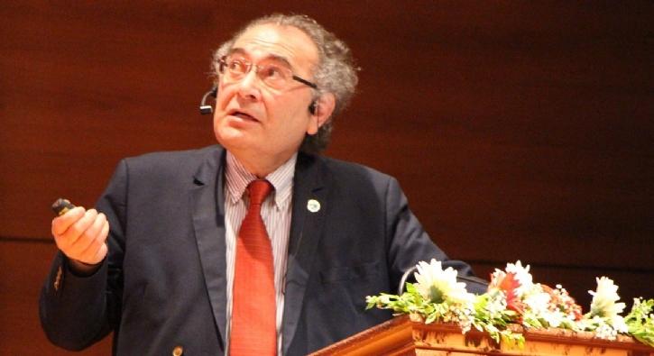 Türk Profesörden 'Batı'yı Korkutacak Tespit!
