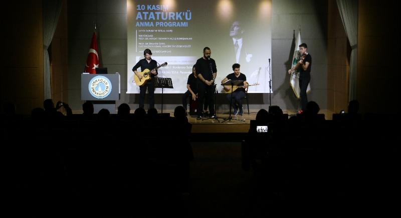 Atatürk sevdiği şarkılarla anıldı… 4