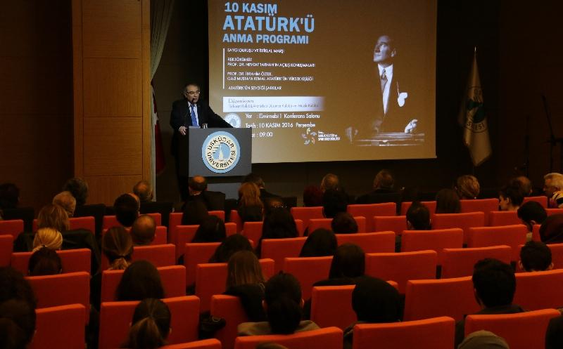 Atatürk sevdiği şarkılarla anıldı…