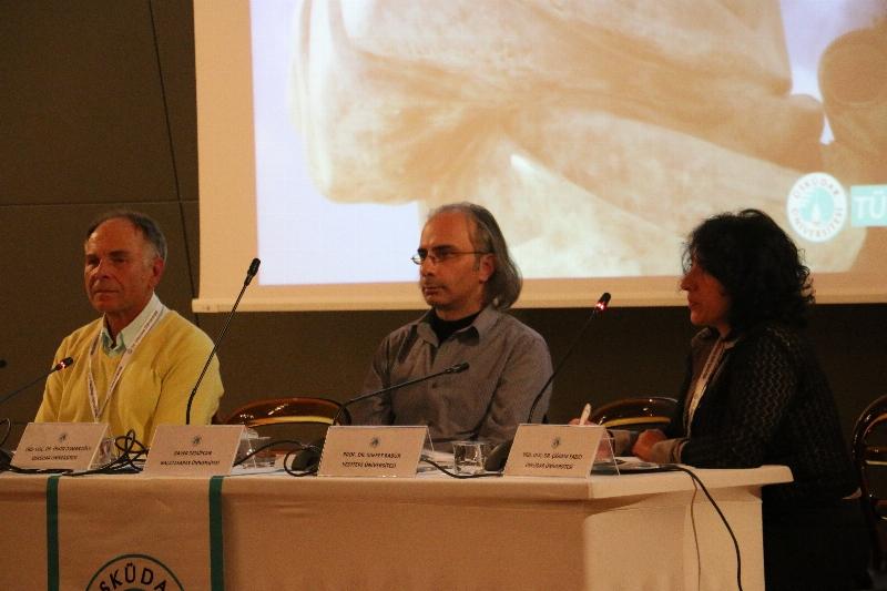 """Prof. Dr. Nevzat Tarhan: """"Felsefenin konuşulmadığı yerde neyi inşa edeceksiniz?"""" 4"""