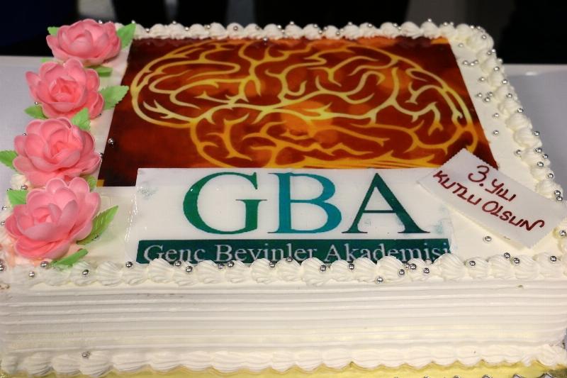 Genç beyinler 3'üncü yaşını kutluyor 2