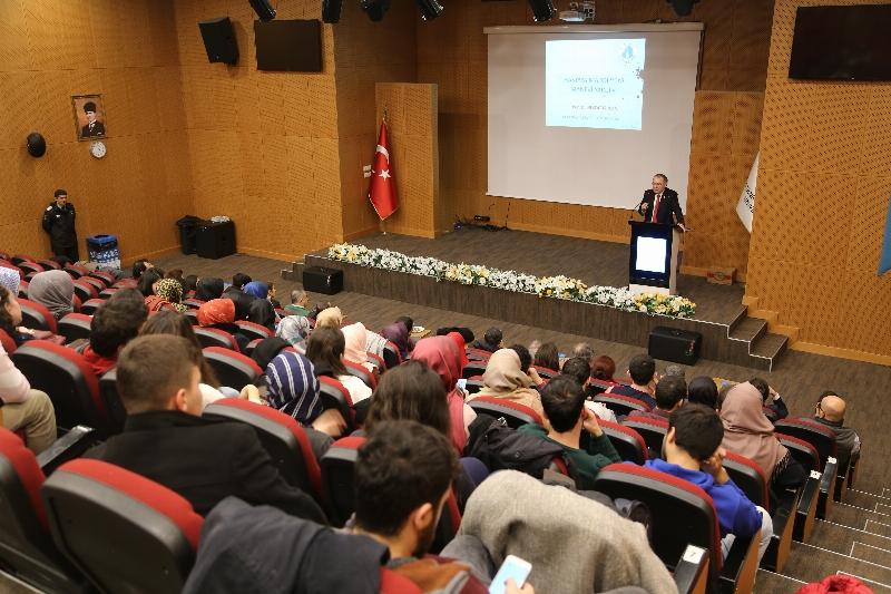 Manevi Reçete Konferansları Prof. Dr. Nevzat Tarhan ile başladı.
