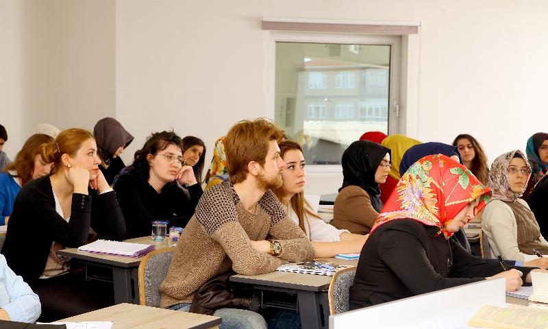 Medya ve kültürel çalışmalar yüksek lisans programında toplumsal ve kültürel gelişimin iz sürümü yapılıyor.