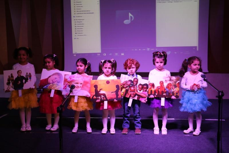 """Prof. Dr. Nevzat Tarhan: """"Savaşın mağduru çocuklar eğitimle geleceği hazırlanır"""" 4"""