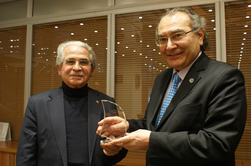 BAYDER'den Prof. Dr. Nevzat Tarhan'a teşekkür 3