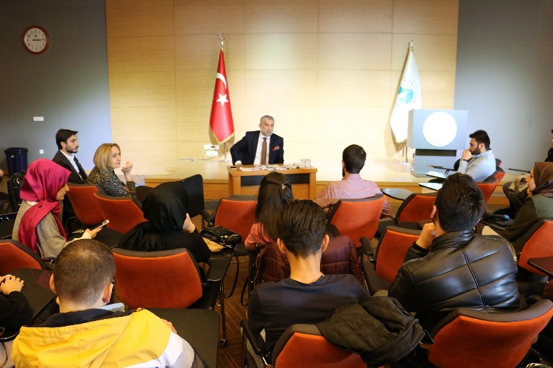 Metin Külünk Üsküdar Üniversitesinin ziyaret etti