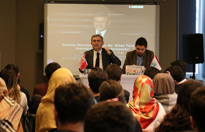 Üsküdar Belediye Başkanı Türkmen Üsküdar Üniversiteli gençlerle buluştu