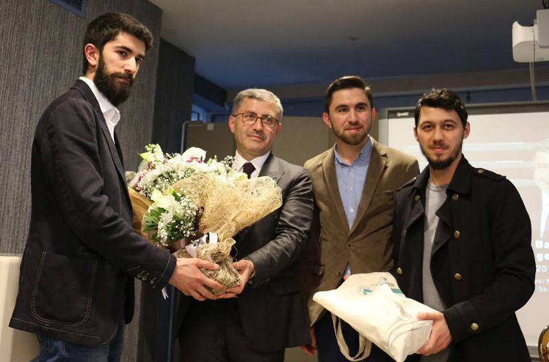 Üsküdar Belediye Başkanı Türkmen Üsküdar Üniversiteli gençlerle buluştu 2