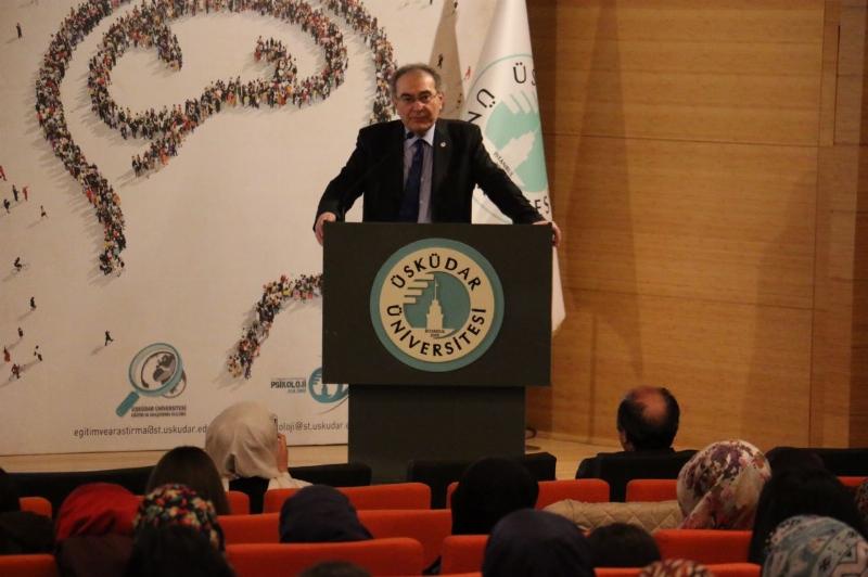 """Prof. Dr. Nevzat Tarhan: """"Biz insanların ruh hallerini tamir ediyoruz"""""""