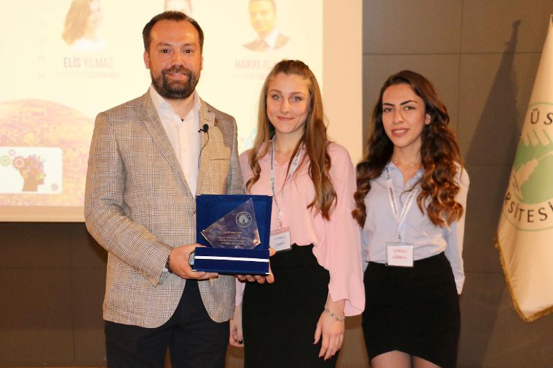 İş dünyasının önemli isimleri başarılarının sırlarını Üsküdar Üniversitesi öğrencileriyle paylaştı 2