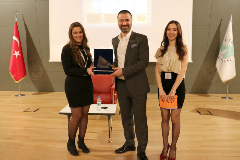 İş dünyasının önemli isimleri başarılarının sırlarını Üsküdar Üniversitesi öğrencileriyle paylaştı 3