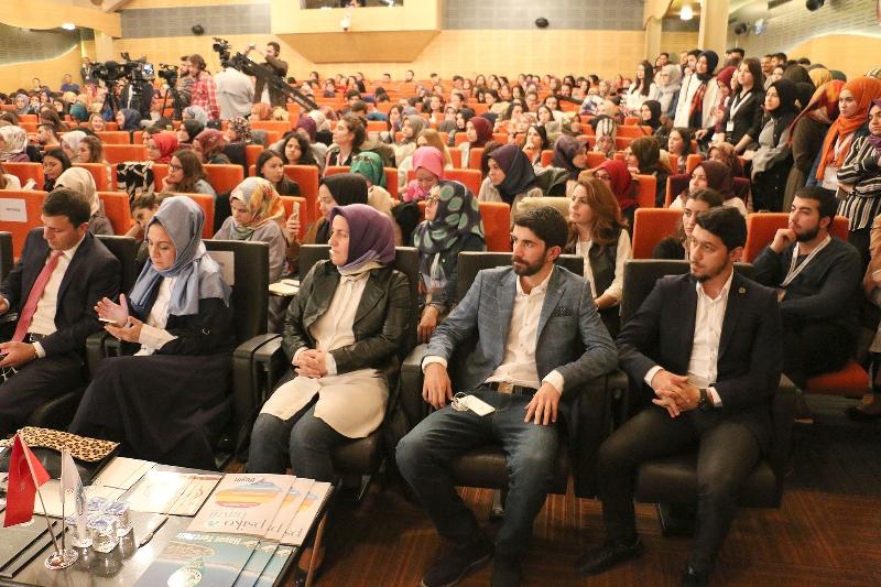 """Prof. Dr. Nevzat Tarhan: """"Biz insanların ruh hallerini tamir ediyoruz"""" 2"""