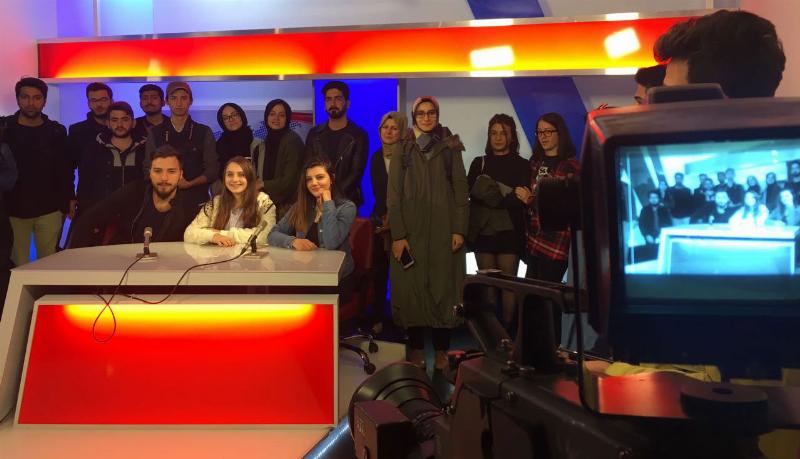 Üsküdar Üniversitesi öğrencileri TRT'de