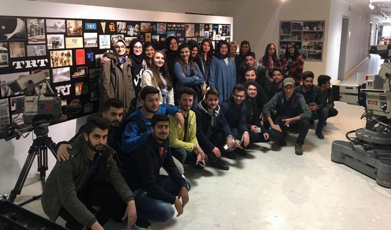 Üsküdar Üniversitesi öğrencileri TRT'de 2