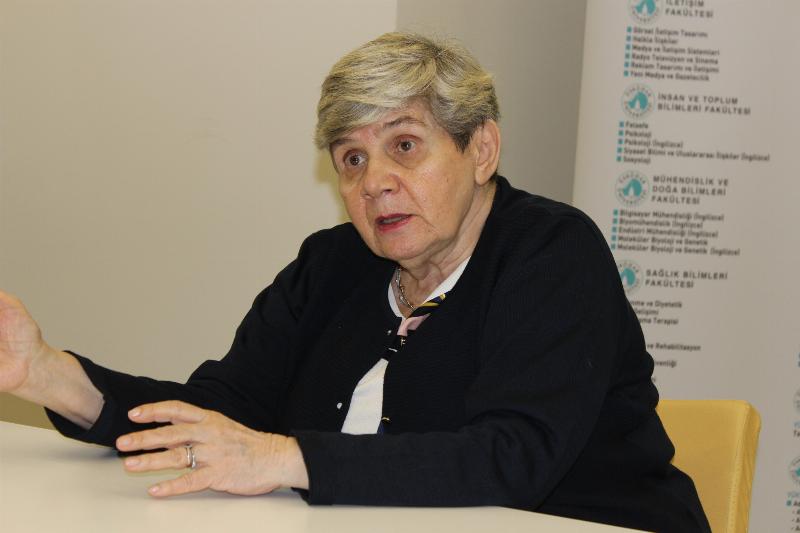 İletişim bilimlerinin duayenlerinden Prof. Dr. Oya Tokgöz  Üsküdar Üniversitesindeydi. 2