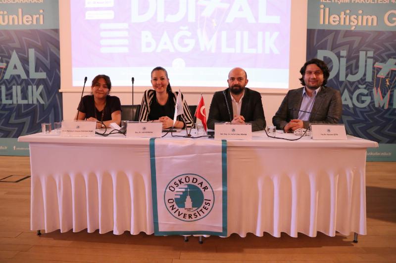 'Dijital bağımlılık' 2 gün süren 4. Uluslararası İletişim Günlerinde tartışıldı. 7