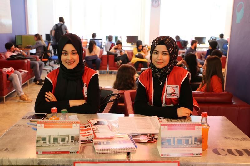 Üsküdar Üniversitesi kan bağışında…