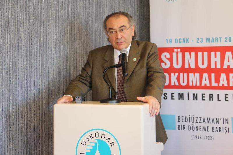 Üsküdar Üniversitesinde 14 hafta süren 'Bediüzzaman Said Nursi ve Sünuhat Okumaları' seminerleri tamamlandı.