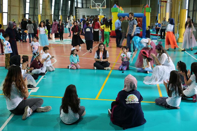Üsküdar Üniversitesinin şenliği çocukları coşturdu 3