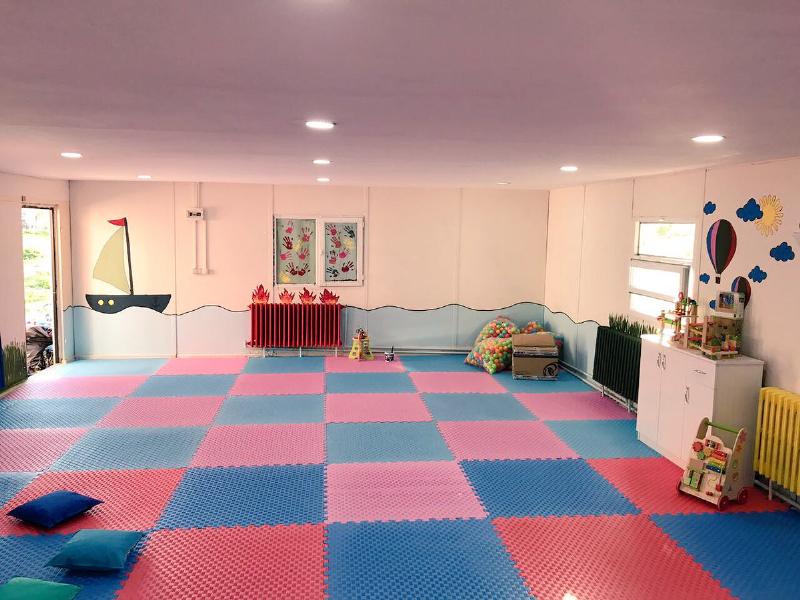 Engelli öğrencilere oyun odası kurdular! 2