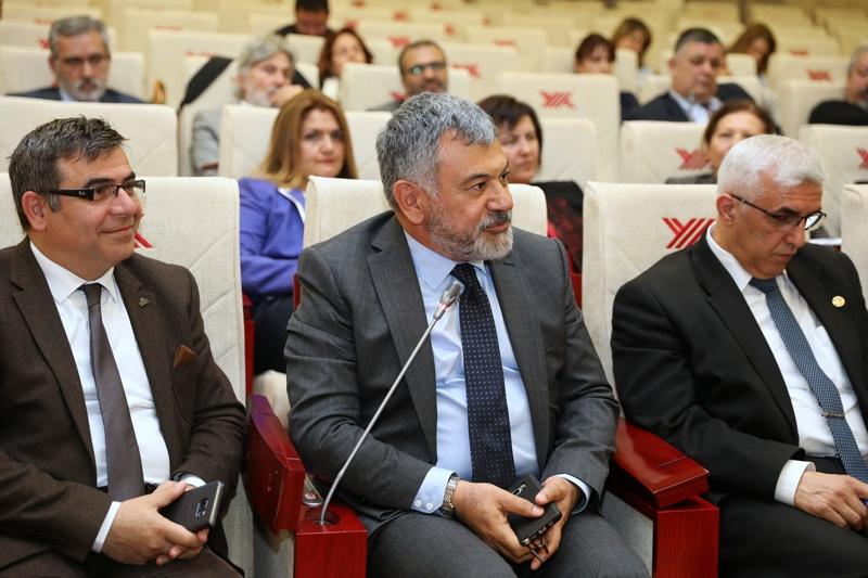 Prof. Dr. Nazife Güngör YÖK İletişim Dekanları toplantısına katıldı. 2