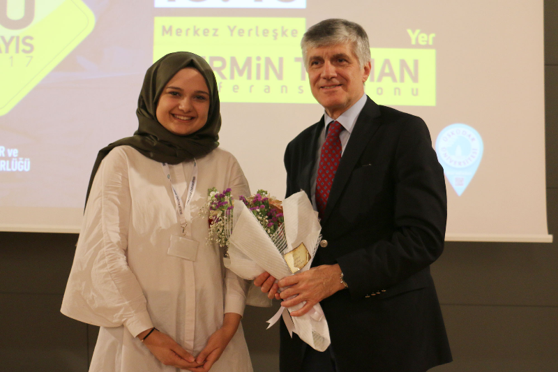 Prof. Dr. Tayfun Uzbay hayata pozitif bakmanın ipuçlarını verdi 2