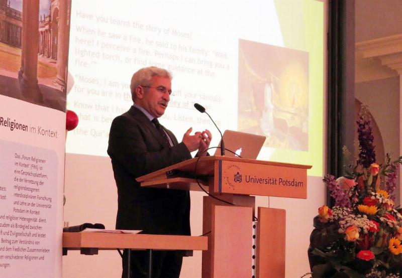 Prof. Dr. İbrahim Özdemir G20'de 'Mülteci Krizine' İslam'ın bakışını anlattı. 2