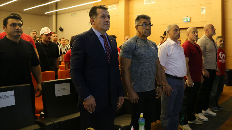 Üsküdar Üniversitesi 15 Temmuz Destanı Paneli'ne ev sahipliği yaptı 2