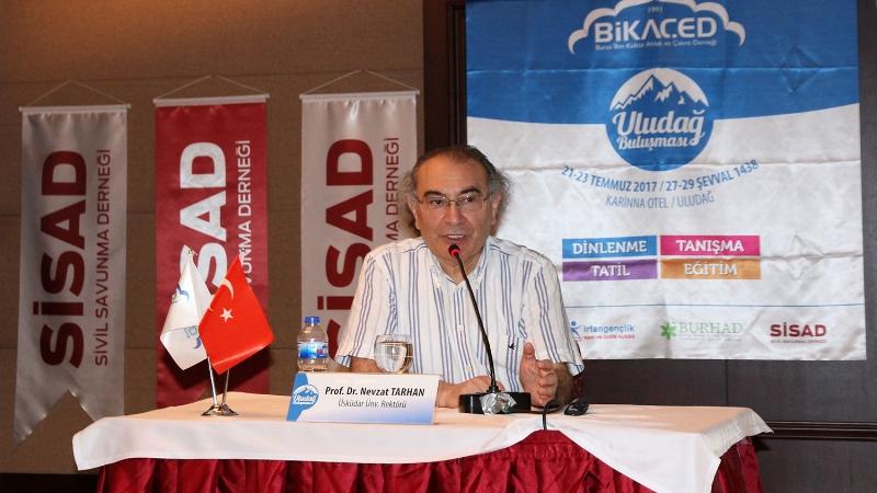 Prof. Dr. Nevzat Tarhan, sivil savunma ve afet bilincini anlattı