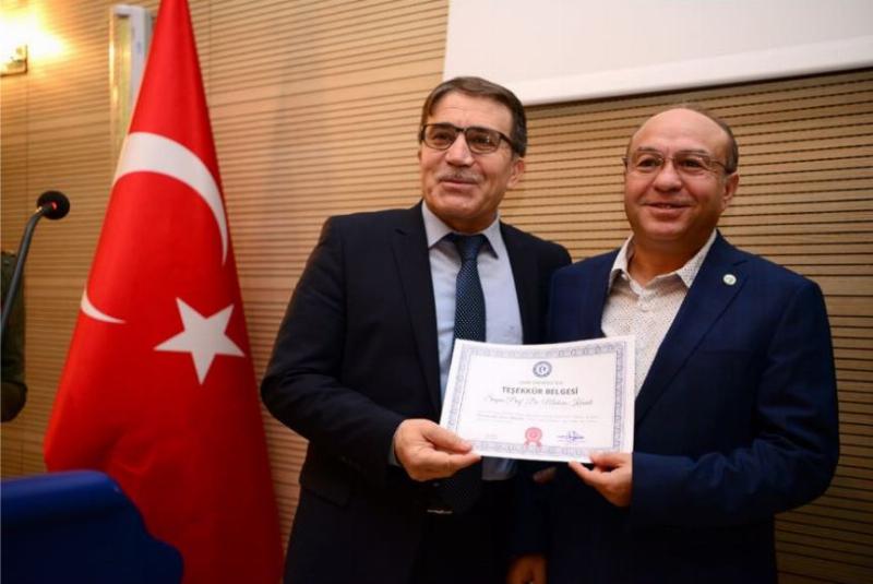 Prof. Dr. Muhsin Konuk, Farmakogenetikte Üsküdar Üniversitesi örneğini anlattı 2