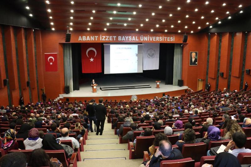 Prof. Dr. Nevzat Tarhan, Abant İzzet Baysal Üniversitesi'nde yeni akademik yılın ilk dersini verdi 3