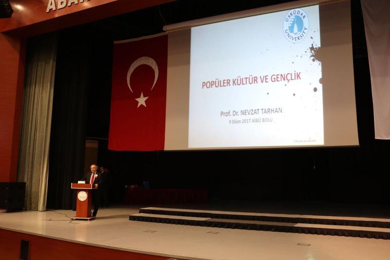 Prof. Dr. Nevzat Tarhan, Abant İzzet Baysal Üniversitesi'nde yeni akademik yılın ilk dersini verdi 2