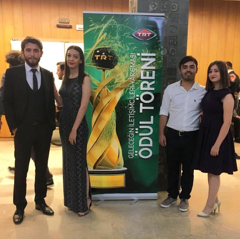 Üsküdar Üniversitesi'nin genç iletişimcilerine TRT'den birincilik ödülü 3