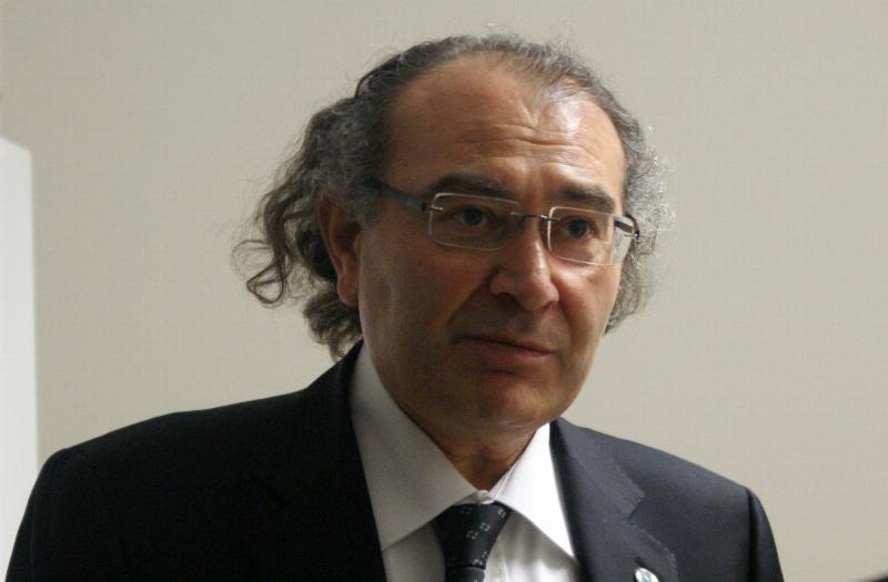 """Prof. Dr. Nevzat Tarhan: """"Kitap okumak bir kültürdür"""" 3"""