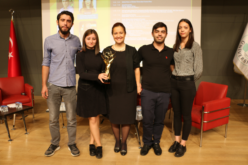 Genç Girişimciler Zirvesi, gençlerle iş dünyasını buluşturdu 3