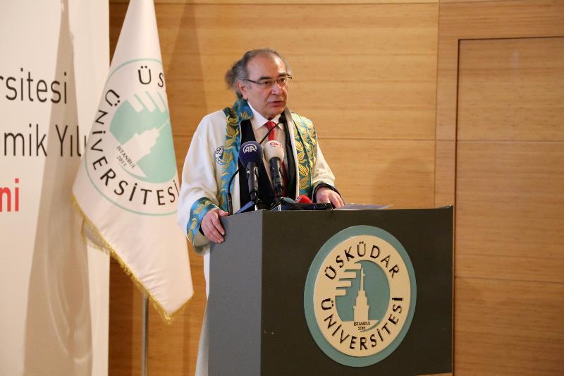 Yeni akademik yılın açılış dersi Sağlık Bakanı Dr. Ahmet Demircan'dan 2